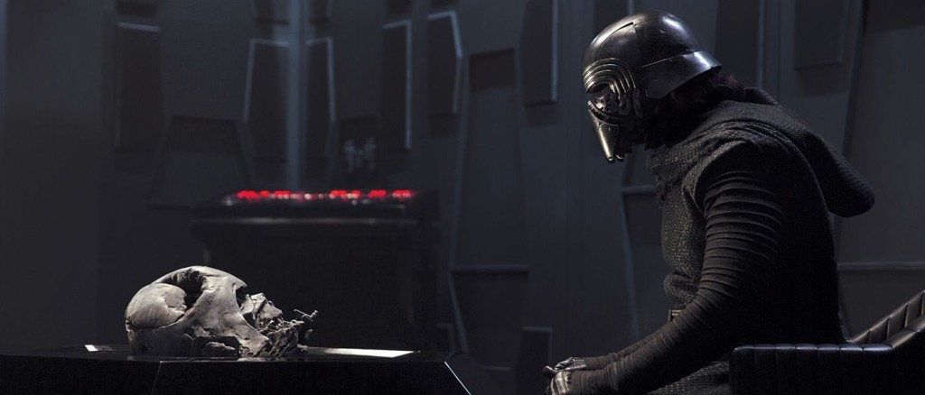 Kylo-Ren-and-Darth-Vader